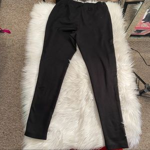 Mossimo Supply Co. Pants & Jumpsuits - Black Mossimo Leggings with Zipper Pockets
